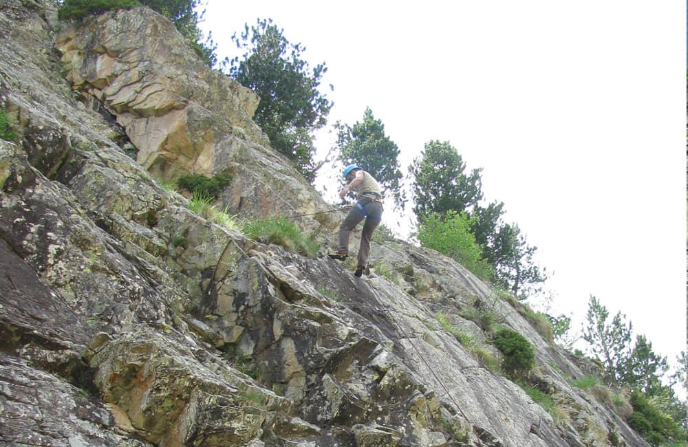 Escalada en roca y rappel en el Alto Tajo