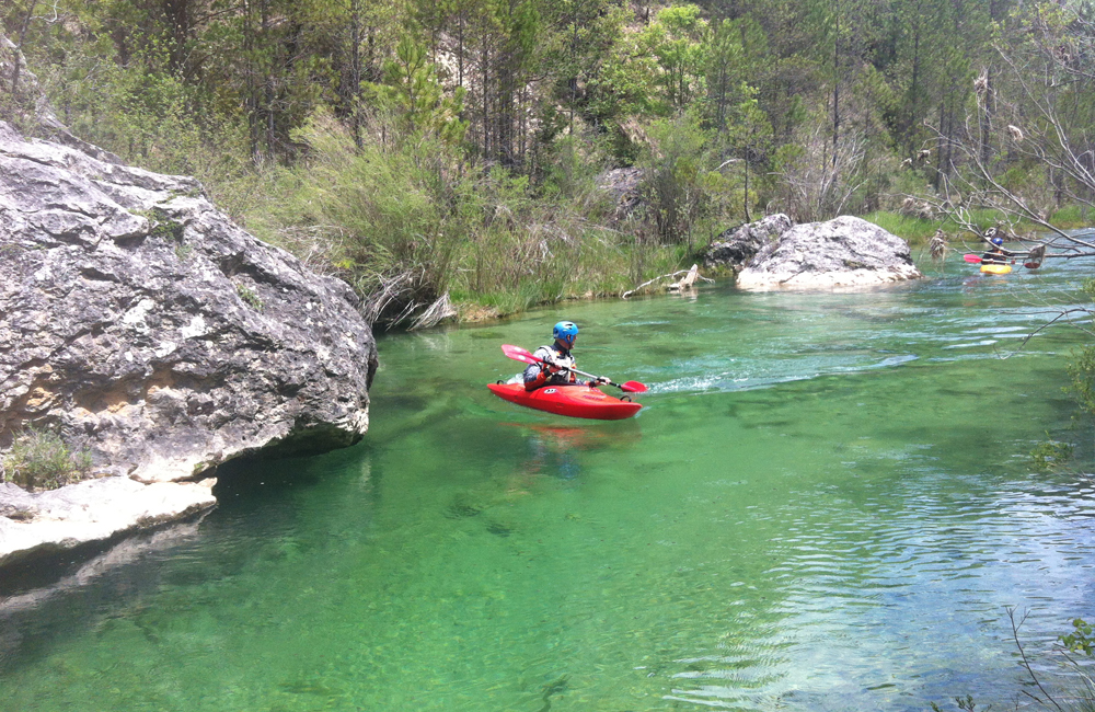 Aguas bravas en kayak Alto Tajo
