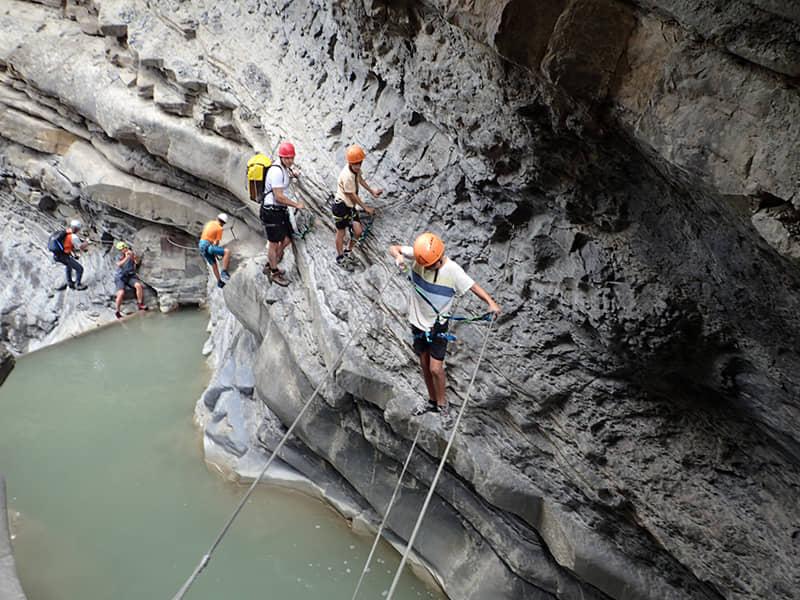 campamento-aventura-pirineos-grupoasdon