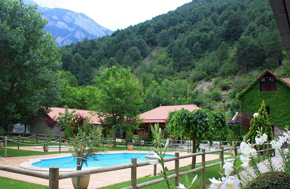 piscina-centro-pirineos-grupoasdon